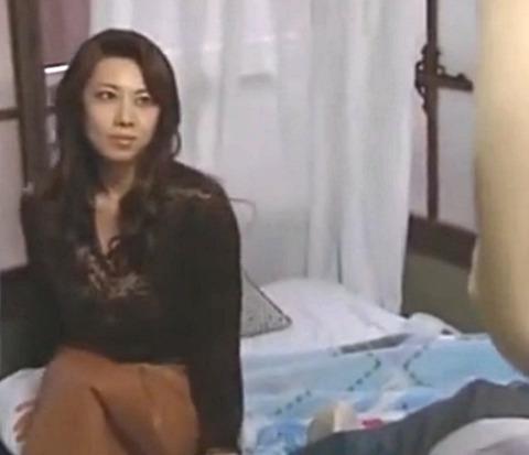 「チンポが欲しくて来たの!」安アパートに住む男と不倫SEXでイキまくる巨乳美熟女妻