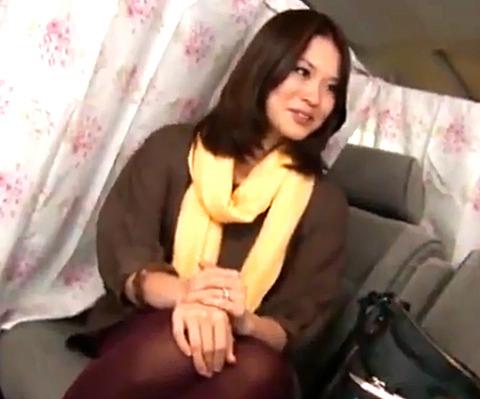 青山でナンパしたセレブ奥様を言葉巧みにホテルに誘導して生中出しSEX!
