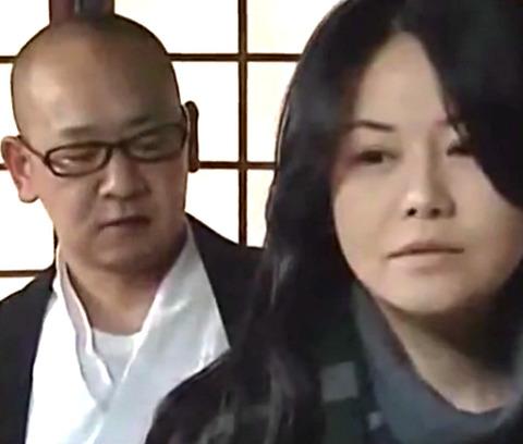 浅井舞香 亡き夫を弔うはずがお坊さんの極太棒に自ら腰振るおばさんのアクメSEX!