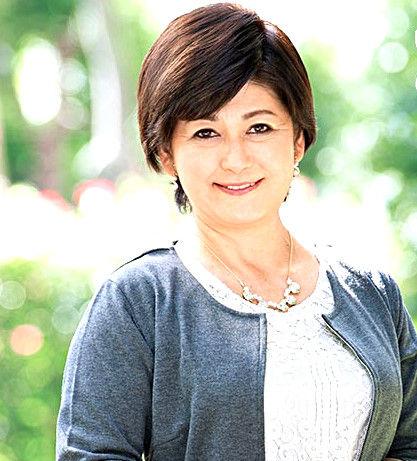 山口寿恵 学校給食センターで働いている五十路熟女が欲求解消のためハメ撮り!