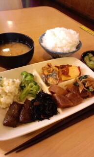 今日の母ちゃん惣菜・・・と言うより私のお昼ご飯デス(^O^)