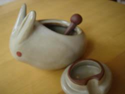 うさぎの陶器ポット2