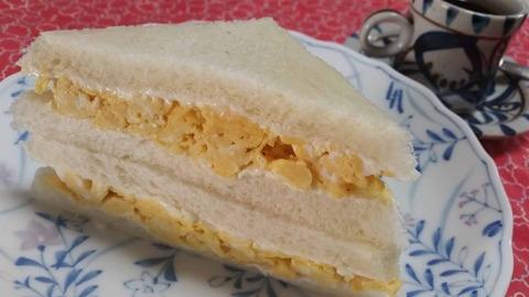 夏目漱石のレシピと喫茶店のふわふわ玉子サンド。