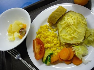 worldly_school_lunches_640_26