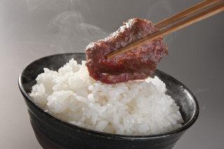 外人「なんで日本人は焼肉とご飯を一緒に食べるの?」