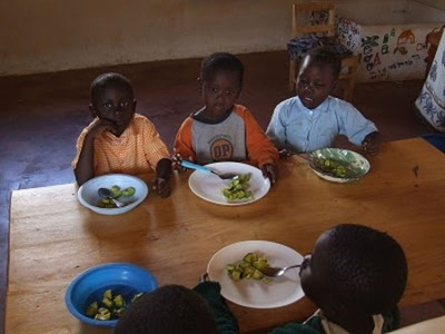 worldly_school_lunches_640_22