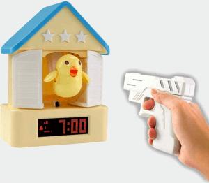 おもしろ目覚し時計シリーズ【ガンシューティング鳩時計】
