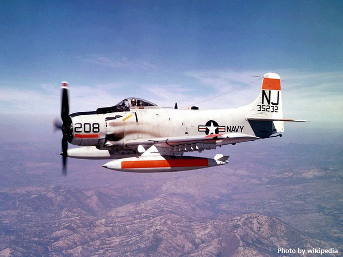 1280px-AD-6_Skyraider_of_VA-122_in_flight_c1960