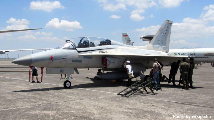 FA-50PH_-_Side_View_(Balikatan_2016)