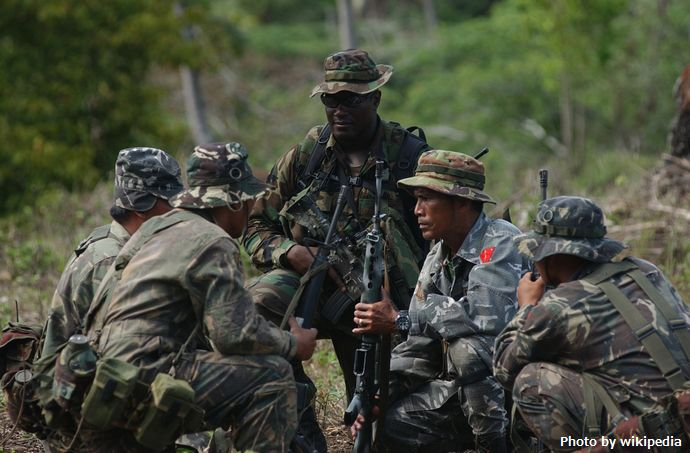 SF_Soldier_in_Philippines