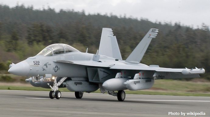 EA-18G_at_Whidbey_April_2007