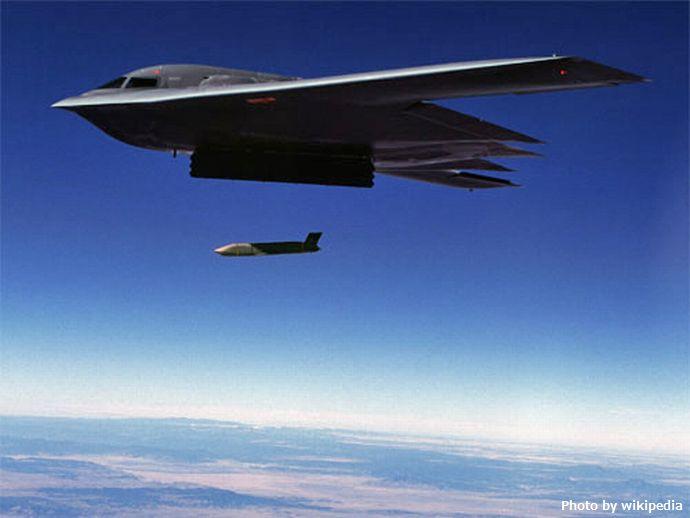 B-2_launch_jassm
