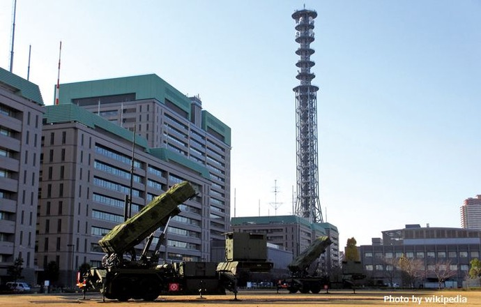 PAC-3_deployed_at_the_Japan_Ministry_of_Defense