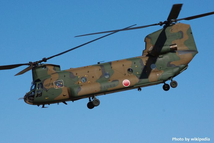 JGSDF_CH-47J_20120108-03