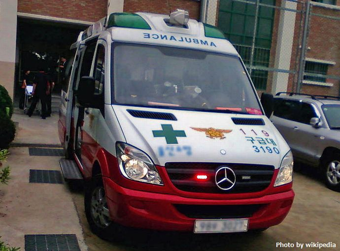 Ambulance_car_in_Ulsan