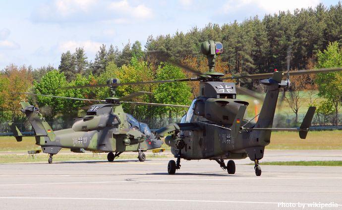 Zwei_Bundeswehr_Eurocopter_Tiger