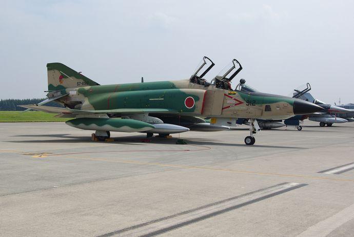 JASDF_RF-4E_20090822-02