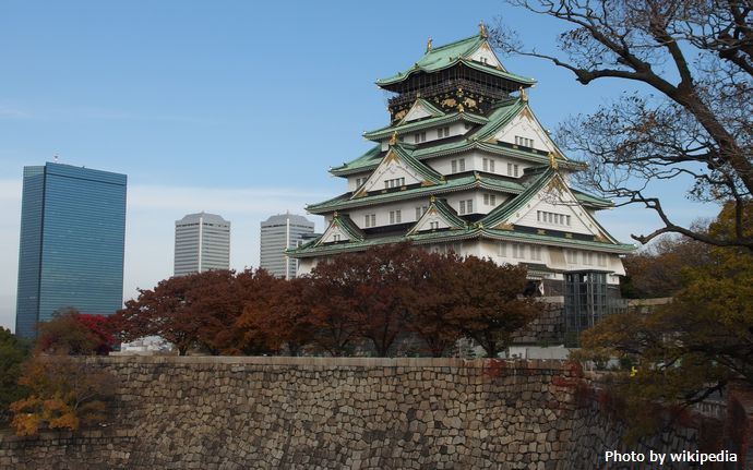 Osaka_Castle_Keep_Tower_in_201411_007