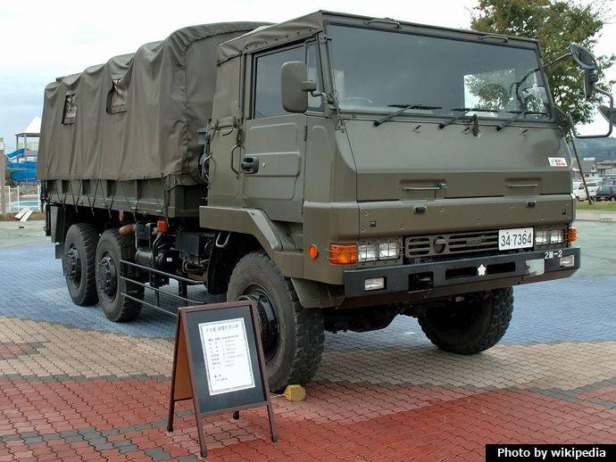 JGSDF_73_Ougata_Truck_(ISUZU)_1