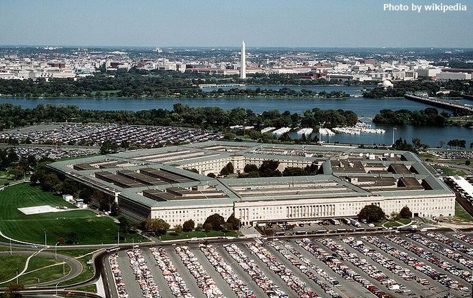 800px-The_Pentagon_US_Department_of_Defense_building