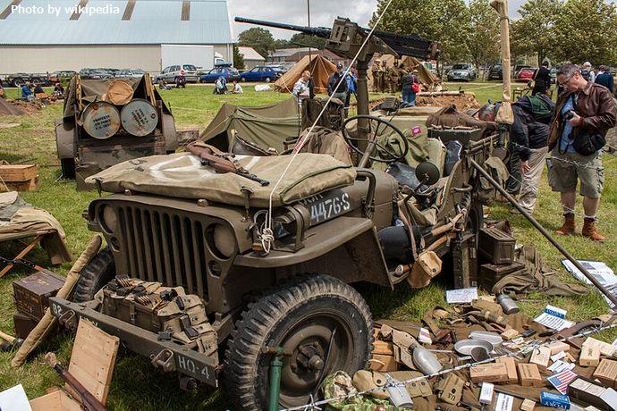 800px-US_Army_Jeep_(7527762430)