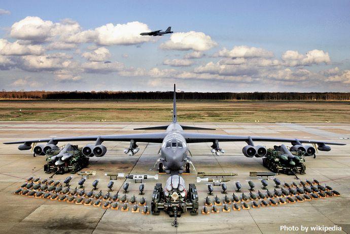 b-52-bomber-2