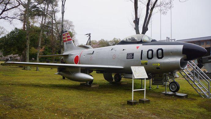 1920px-JASDF_F-86D(84-8100)