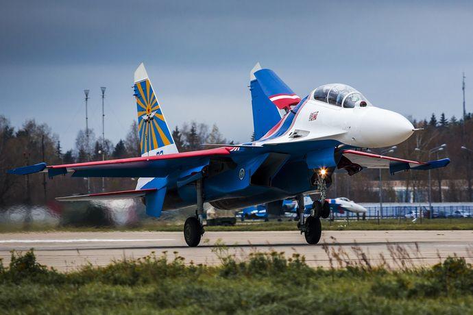 Russian_Knights_Sukhoi_Su-30SM