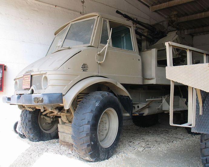 1280px-ZPU-4-Unimog-batey-haosef-2