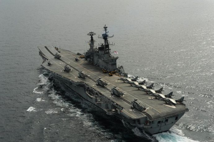 Aerial_photo_of_INS_Viraat