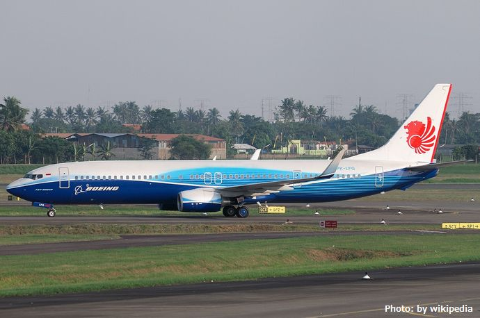 Boeing_737-900ER_Lion_Airlines_PK-LFG_May_2010