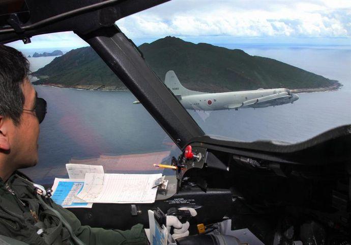フィリピン海軍隊員が海上自衛隊P-3C哨戒機に乗り込み、捜索救難訓練を実施へ…南シナ海! あんてなにゅーすなび