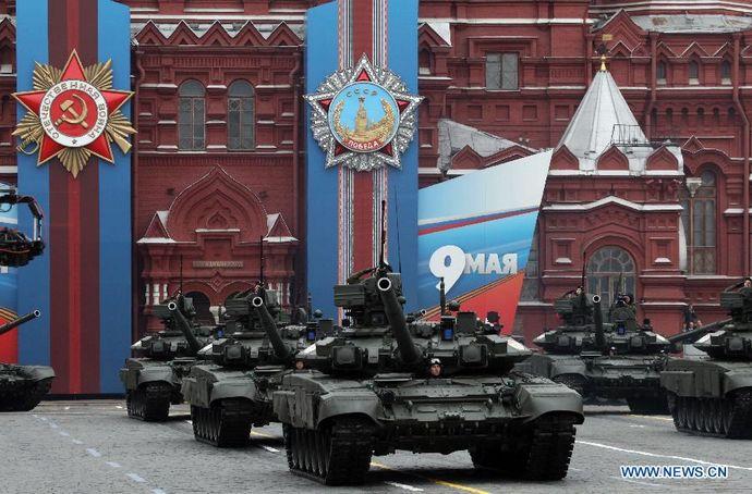 安倍首相、ロシアの対ドイツ戦勝70周年記念式典欠席へ…米国に配慮!