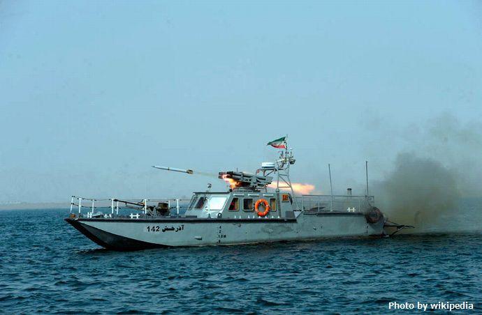Iranian_Velayat-90_Naval_Exercise_by_IRIN_(2)