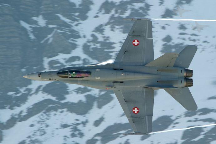 F_A-18_during_a_firing_demonstration_(6240068953)