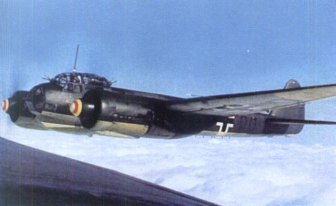 1920px-Junkers_Ju_88A-4_early_winter_1941_over_Crimea