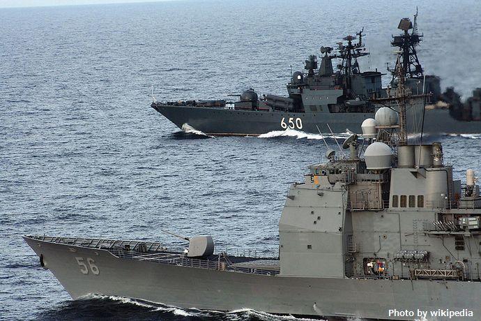 1280px-San_Jacinto_and_Admiral_Chabanenko