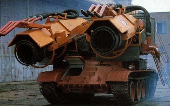 hibrid-avion-tenk-masina-gasenje-pozara-e1464007771220
