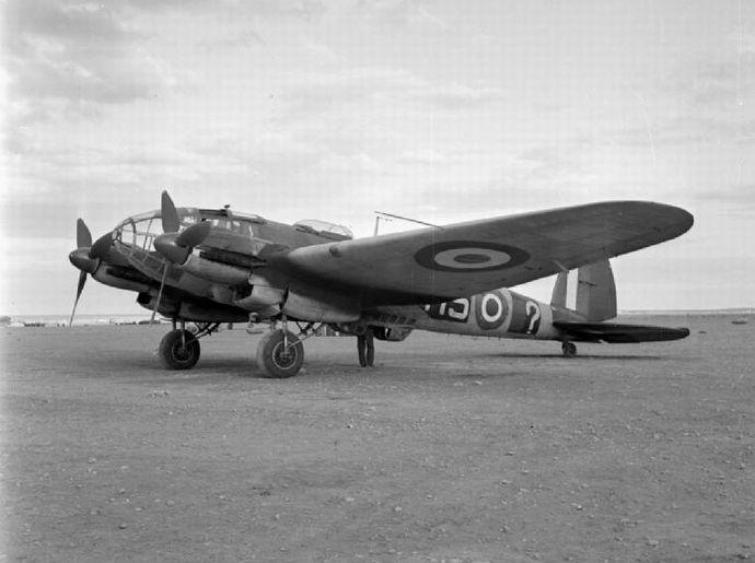 Captured_He_111_in_Libya_1942