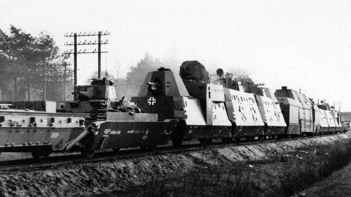 ナチス 黄金 列車