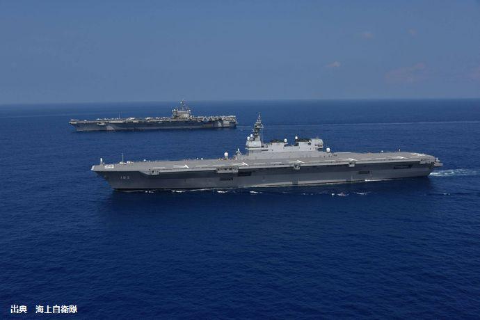 海自護衛艦「いずも」と米海軍「ロナルド・レーガン」空母打撃群が九州西方海空域で共同訓練を実施!