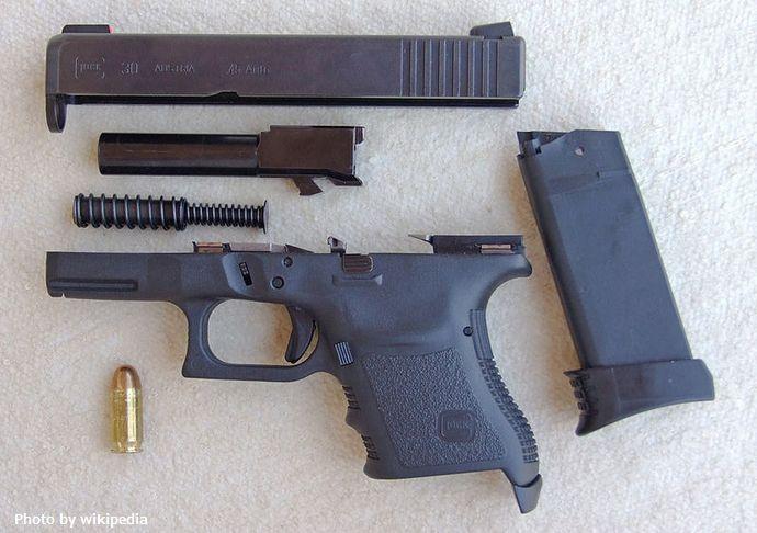 800px-Glock_30-JH02