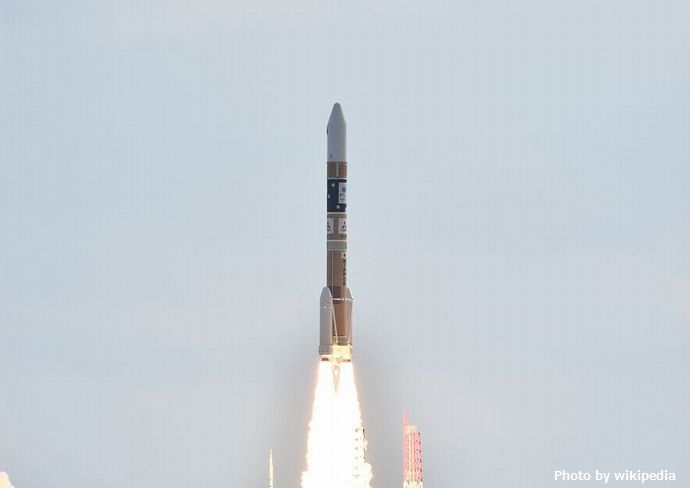 H-IIA_F31_launching_Himawari-9