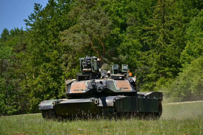 M1A2_tanks_at_Combined_Resolve_II_(14254298952)