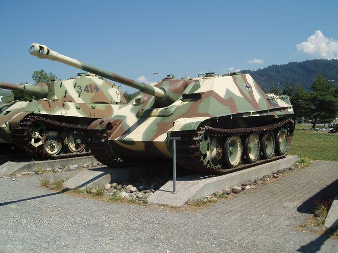 Jagdpanther_Thun_1