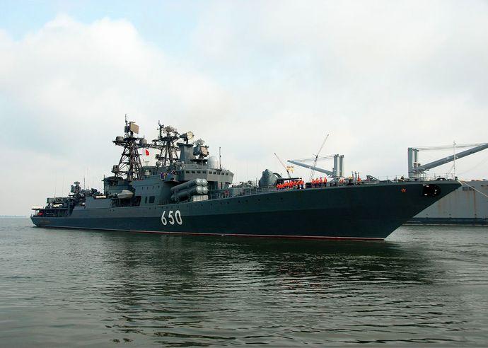 Admiral_Chabanenko_(ship,_1994)_-_FRUKUS_2011
