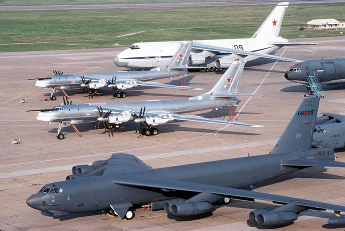B-52_&_Tu-95