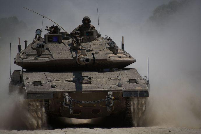 Armored_Corps_Operate_Near_the_Gaza_Border_(14537008909)