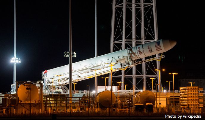 Antares_CRS_Orb-3_raised_at_Pad-0A_(201410250004HQ)
