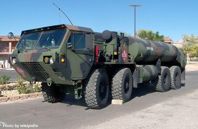 1280px-M978_tank_truck_in_Beatty,_Nevada